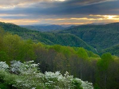 Scenic Pipestem State Park in West Virginia